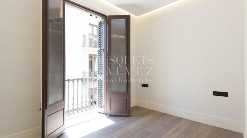 piso-en-venta-en-Barcelona-Raval-CiutatVella-PlaçaUniversitat-57815-22